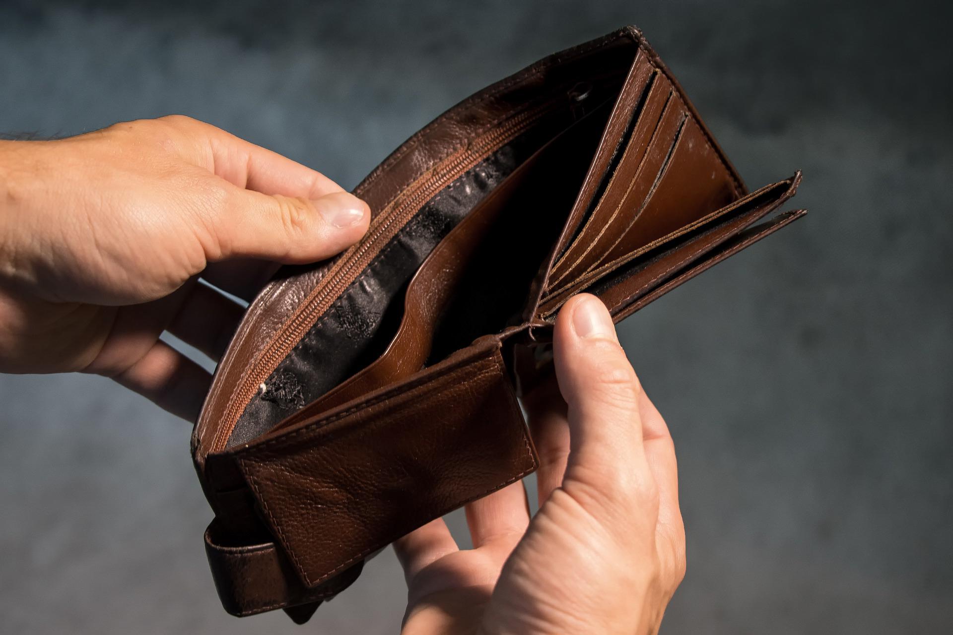 Квартирант-должник: терпеть или действовать?